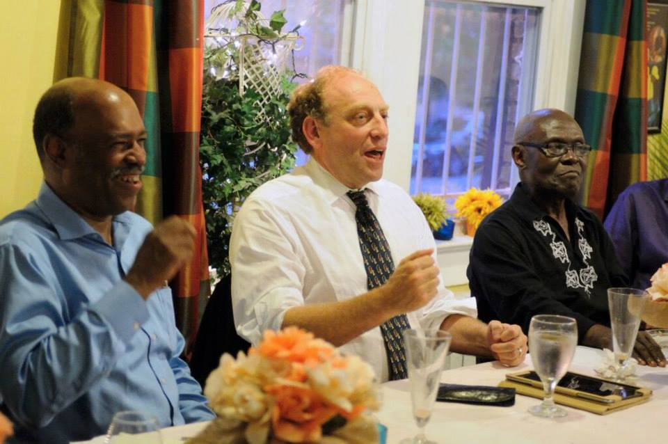"""Michael Oreskes, flanked by Richard Prince and Laurence Kaggwa, retired Howard University journalism professor, at the Journal-isms Roundtable in June 2015, He called diversity a """"journalistic imperaitve."""" (Credit: Jason Miccolo Johnson)"""