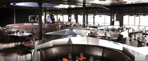 58 Tour Eiffel - фешенебельный ресторан на первом этаже Эйфелевой башни