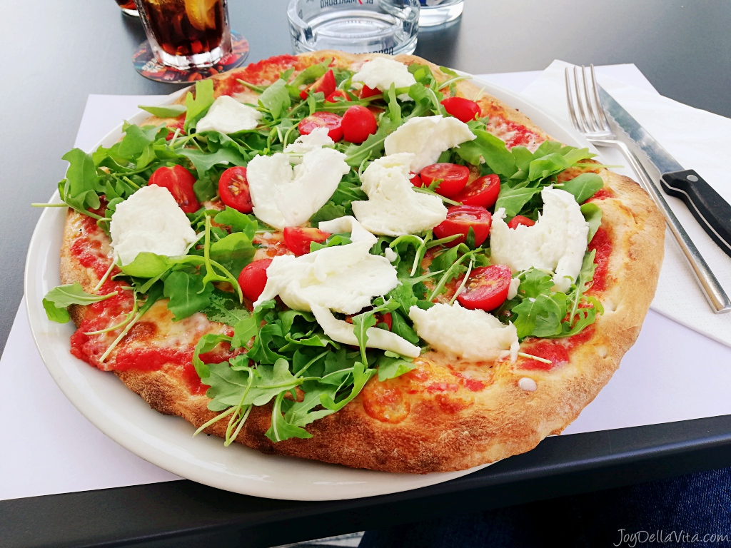Arte Restaurant Lugano Delicious Pizza At Golfo Restaurant Lugano Paradiso Near The Lake