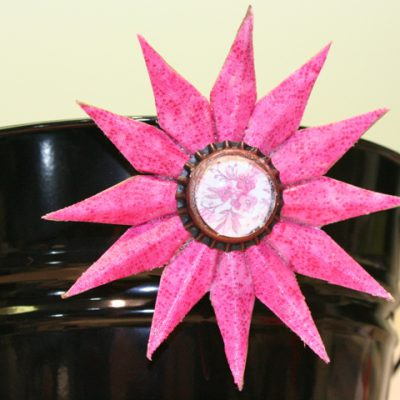 Sizzix Star Fabric Flower Magnet