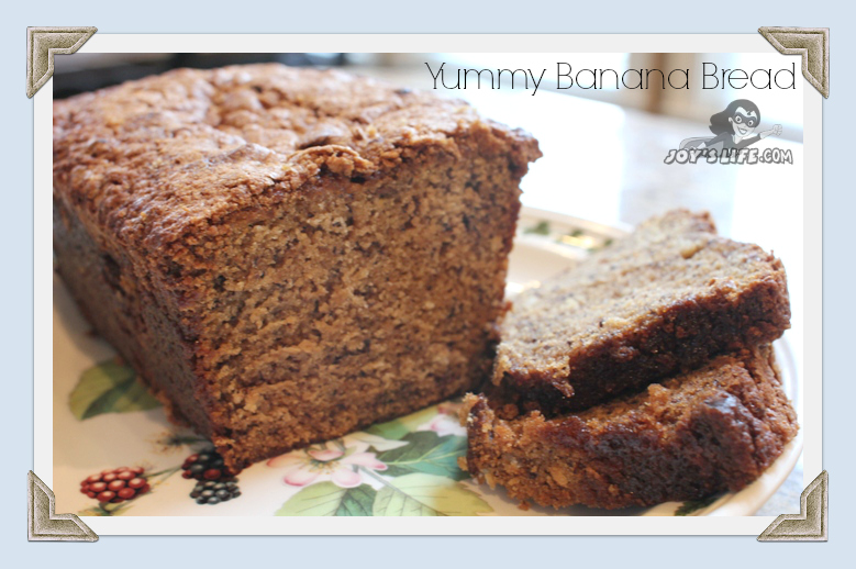 Banana Bread Recipe at www.joyslife.com