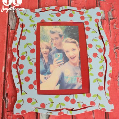 Quick Frame Makeover using Glue Dots