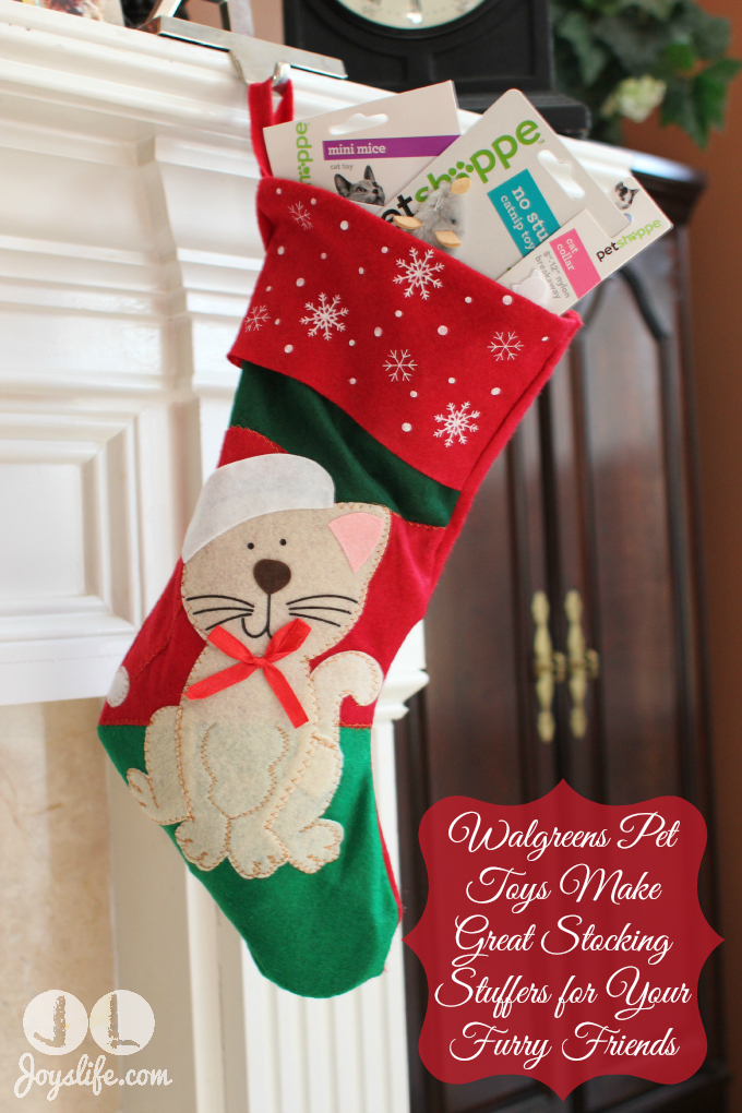 Walgreens Last Minute Christmas Gifts Pet Stocking #HappyAllTheWay #shop #cbias