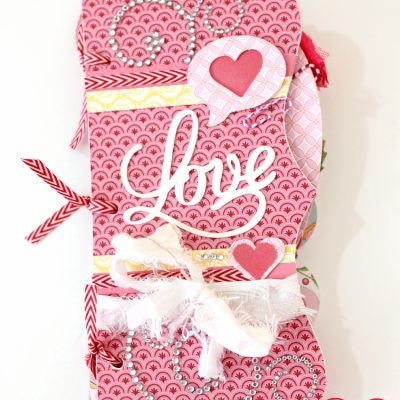 Cricut CTMH Artbooking Valentine's Day Mini Album