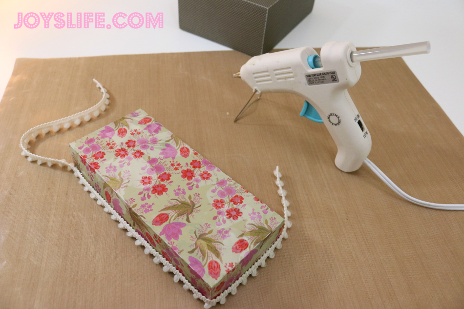 Paper Recipe Box with SEI #SEI #SilhouetteCameo #recipebox