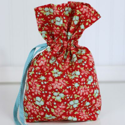 How to Make an Easy Drawstring Bag