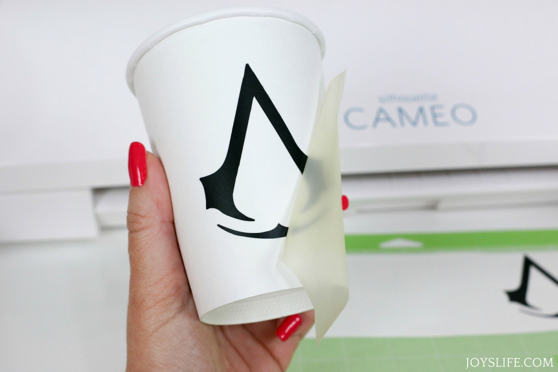 Silhouette Cameo 3 Vinyl Logo Cup Application