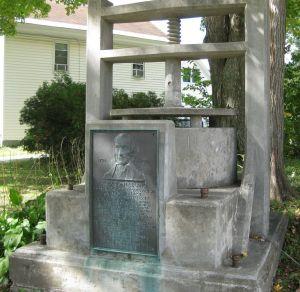 Cheshire cheese monument, Cheshire, Massachusetts, September 25, 2012, CC SA