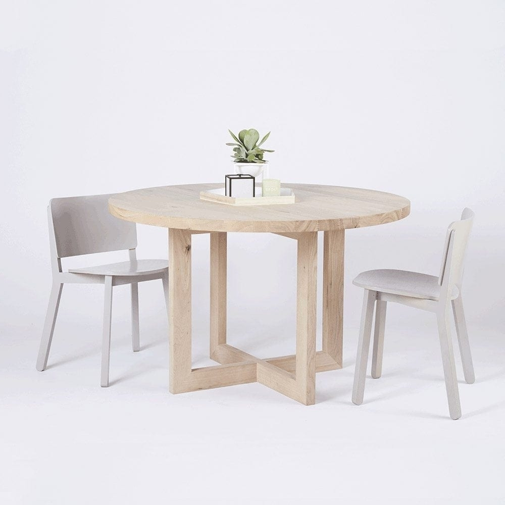 Round Timber Dining Table 25 Best Collection Of Round Oak Dining Tables And Chairs
