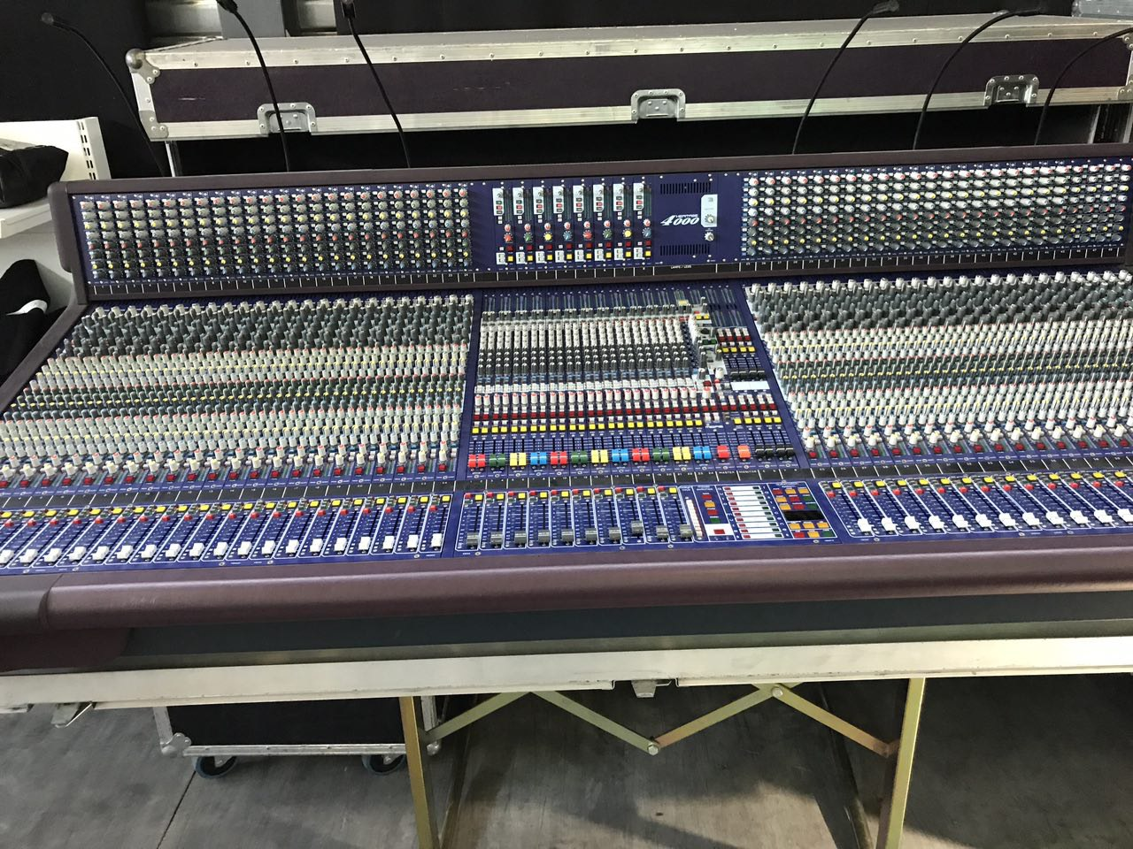 Console Informatique Fly Midas Analog Mixing Console Heritage 4000 With Flight Case Included Used