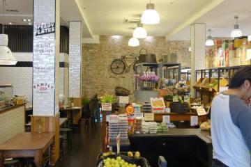 Jarern Chai Boon Cafe - Haymarket cover