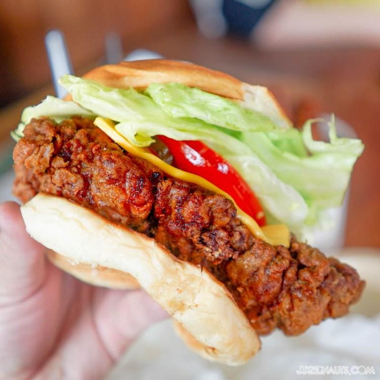 superior-burger-wakeley-11