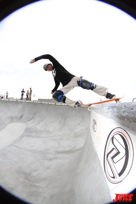 Jesse has one of the best rck n rolls in skateboarding.