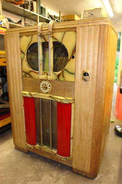 Brilliant Lampen Jukebox Mills Musikbox Do-re-mi Studio Zephyr Swing King