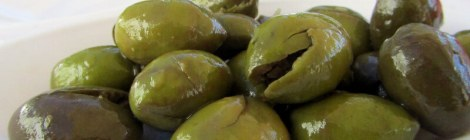 Green Elvas olives - yum!