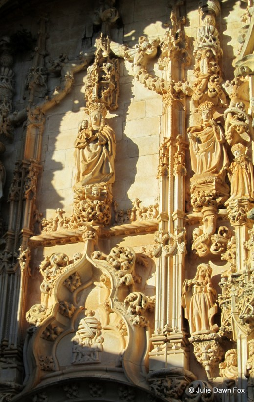 Manueline features in bright light, Convent of Christ, Tomar
