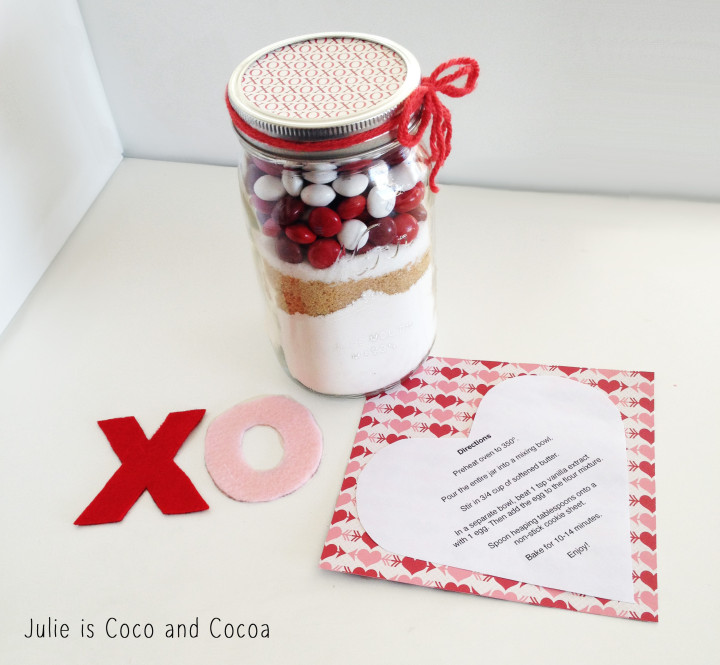 m&m red velvet love cookie mason jar