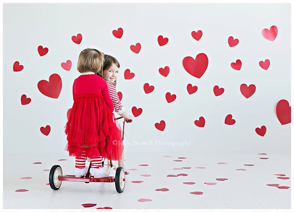 ferschinger girls valentines day shoot julie newell photography chicago childrens photographer valentines day photography session julie newell