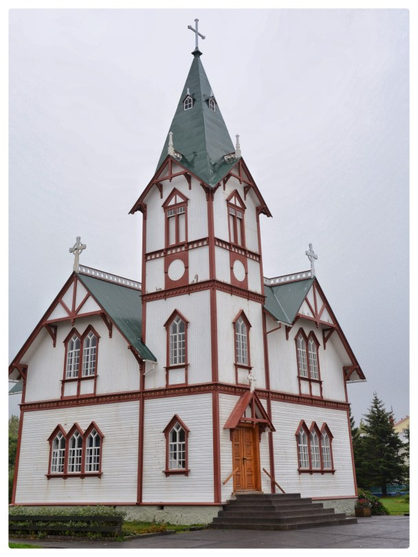 Church, Hùsavík