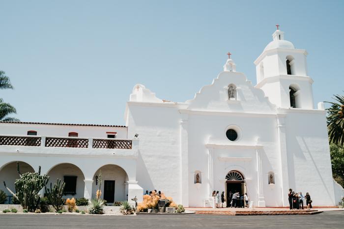 This Mission San Luis Rey Wedding Felt Like a Mexican Destination