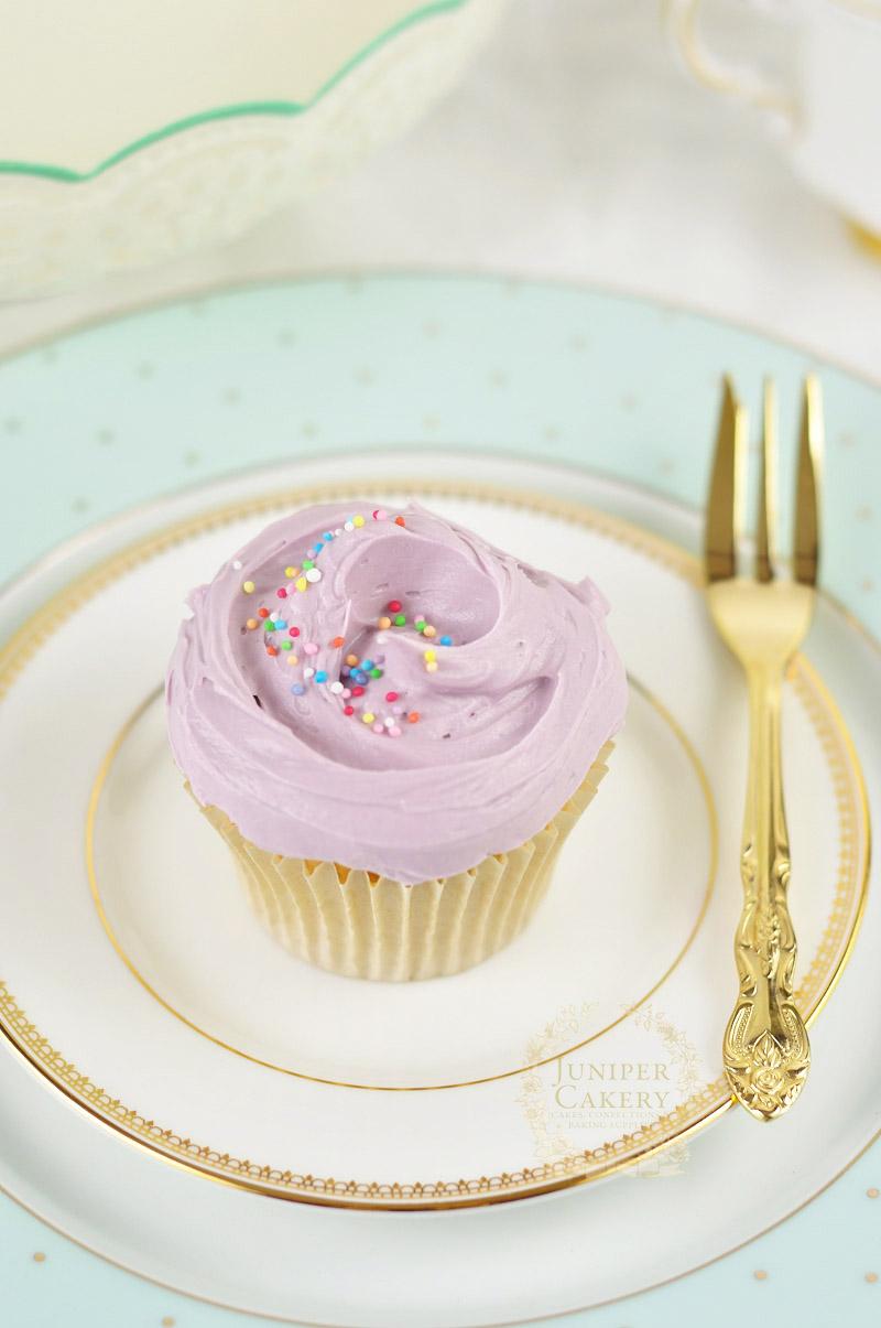 Bakery swirl cupcake by Juniper Cakery