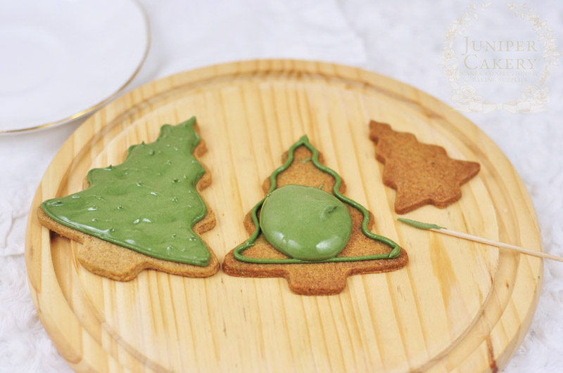 Spiced Christmas tree cookies by Juniper Cakery