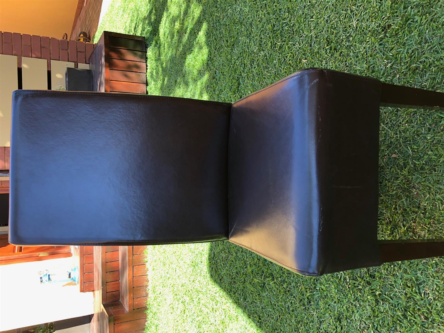 Dining Room Furniture In Pretoria 6 Leather Dining Chairs Junk Mail