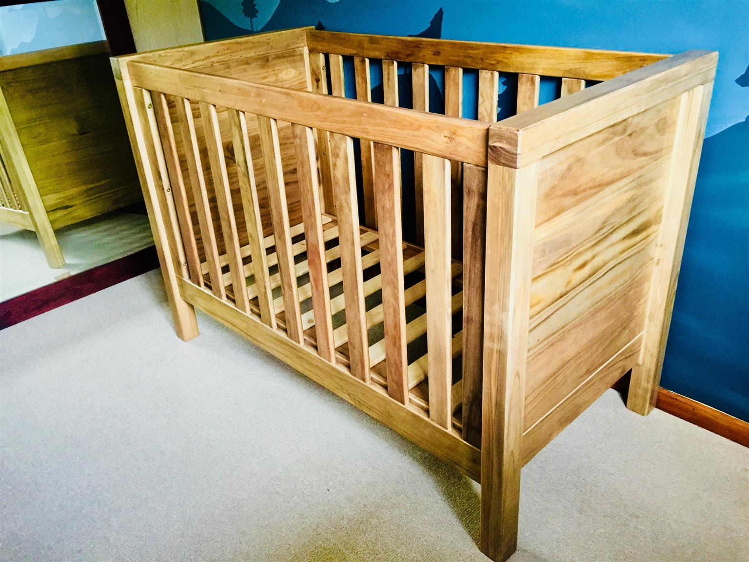 Natural Timber Cot Sleigh Cots Excellent Quality Factory Price Junk Mail