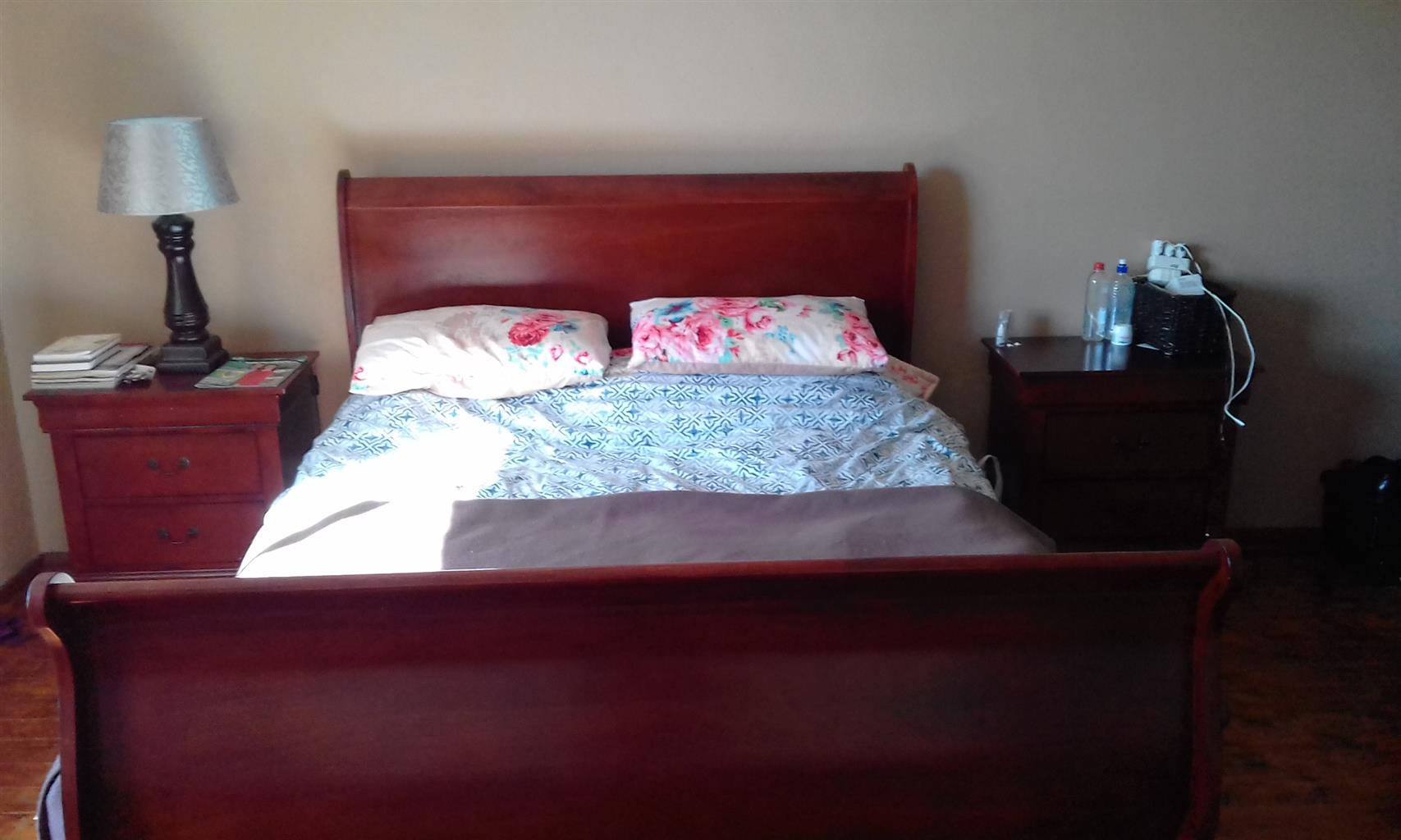 Dressing A Bed Slay Bed And Side Tables And Dressing Table Sold Seperately Price Neg Junk Mail