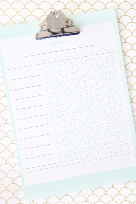 Free Printable Chore Charts to Help Kids Get Organized - Just a Girl - Free Chart