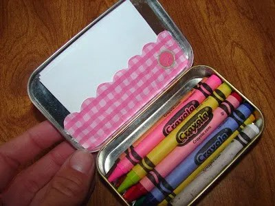30 Wonderful Crafts You Can Make With An Altoid Tin