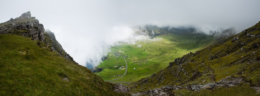 Gasadalur mountain panorama complete LR
