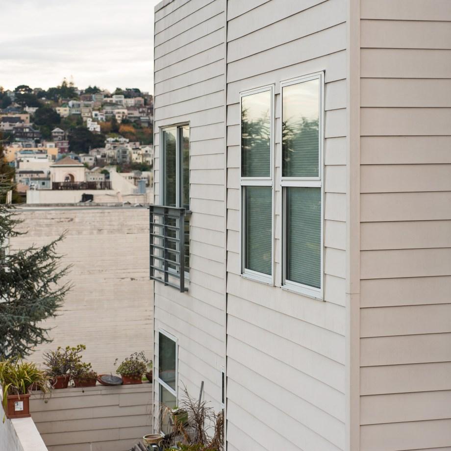 Castro neighborhood in San Francisco looking towards Diamond Heights.