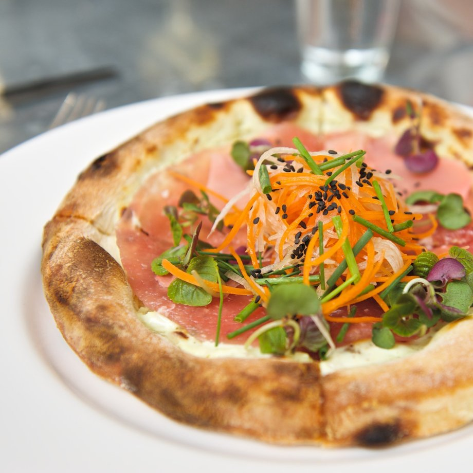 Barry Wine's Raw Ahi Tuna and Wasabi Pizza