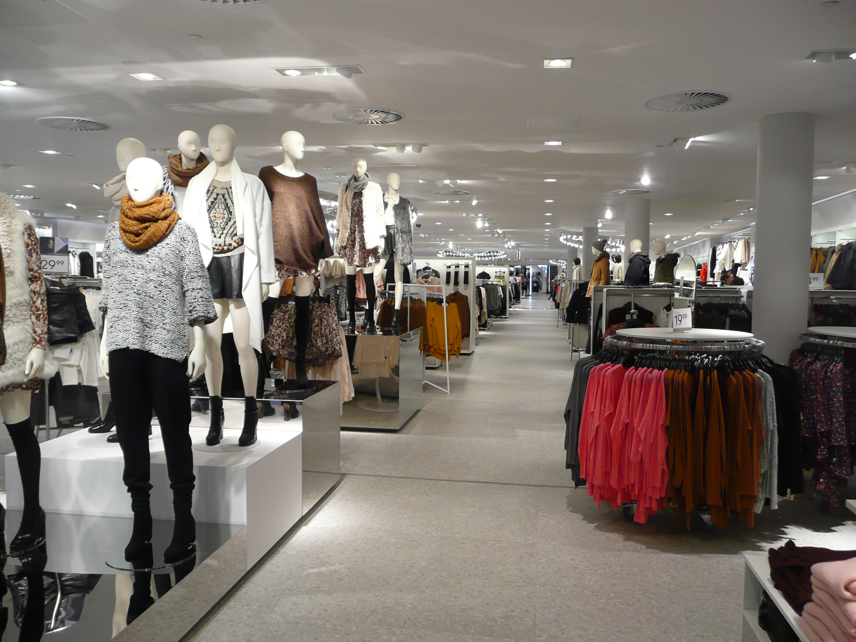 H And M Nl Shoppen H Andm Grootste In Europa Just Raisa
