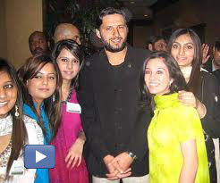 afridi with girls