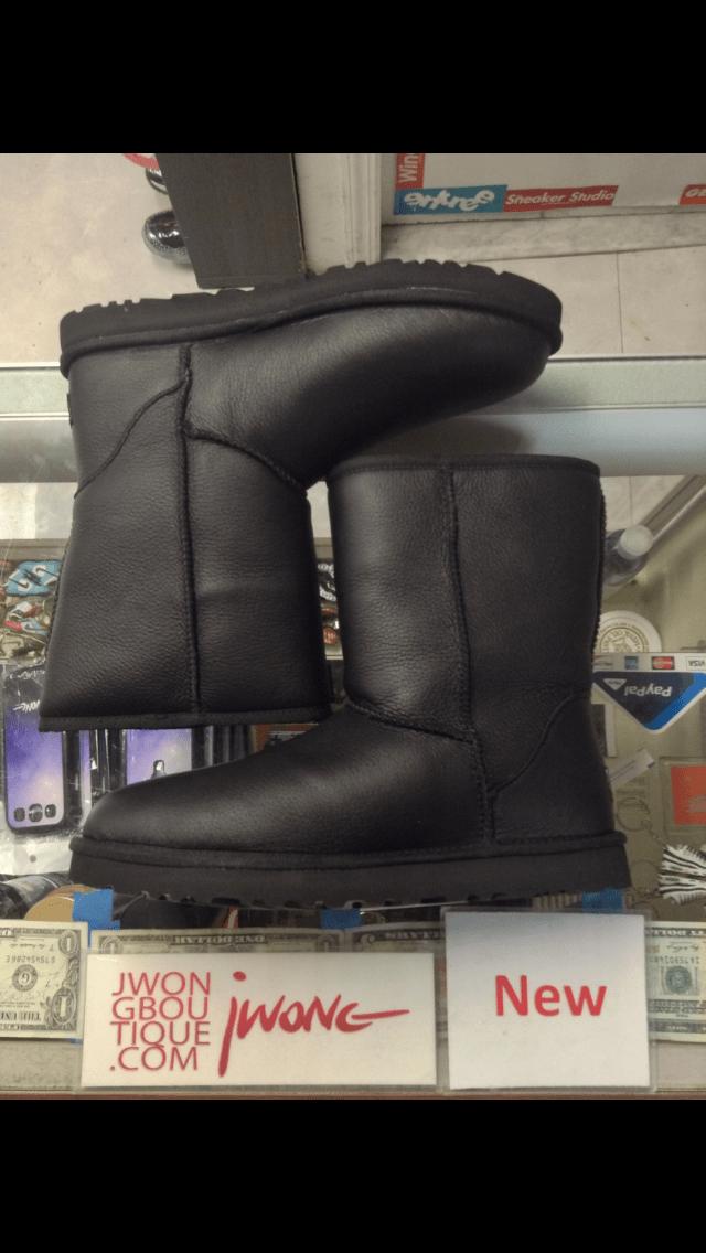 ugg australia classic short black leather mens genuine sheepskin rh jwongboutique com