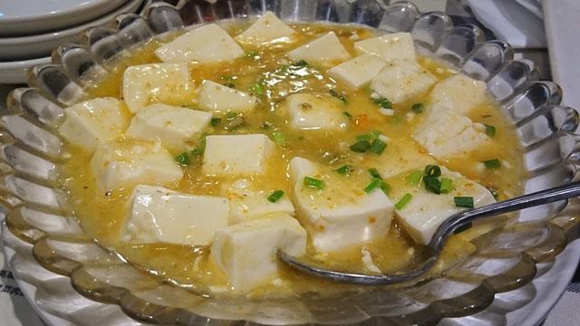 蟹粉豆腐(上海カニ味噌と豆腐煮込み)