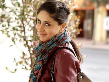 Ek-main-Aur-Ekk-Tu-Movie-Still-Kareena-Kapoor-Riana