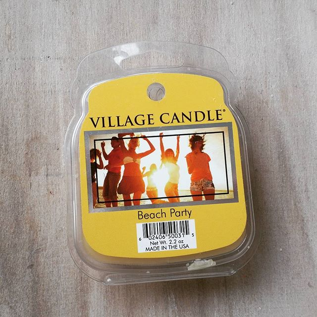 Village Candle Beach Party