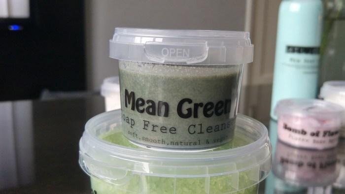 wat maakt je mooi mean green cleanser