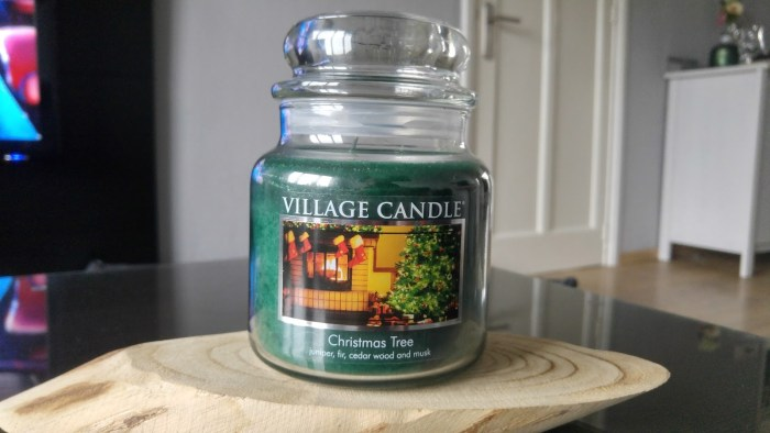 village-candle-christmas-tree