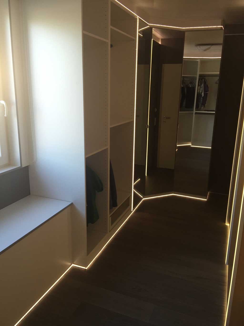 Deckenbeleuchtung Mit Led Strips Led Profil Decke Home Image Ideen