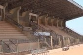 Les travaux de la reconstruction de la rentrée du stade de Labé badinent