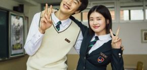 "Lee Kwang Soo-Jung So Min Manis Berseragam di BTS ""Sound of Heart"""