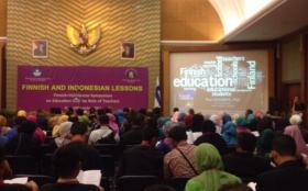 Kunjungan Pasi Sahlberg ke Indonesia Tahun 2013
