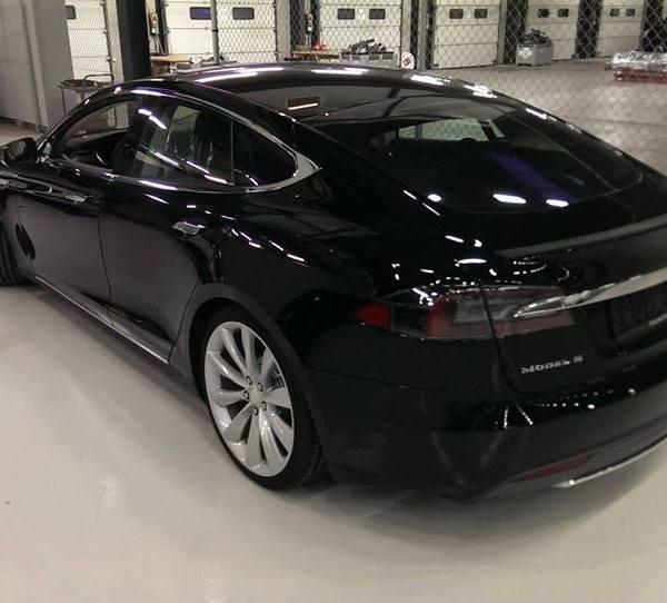Model S lai 1
