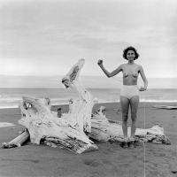 40 年來用相機推翻社會既定印象的自拍創作 - Lucy Hilmer