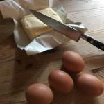 Æg og smør til bagning