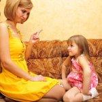 Как правильно умывать 4месячную девочку?